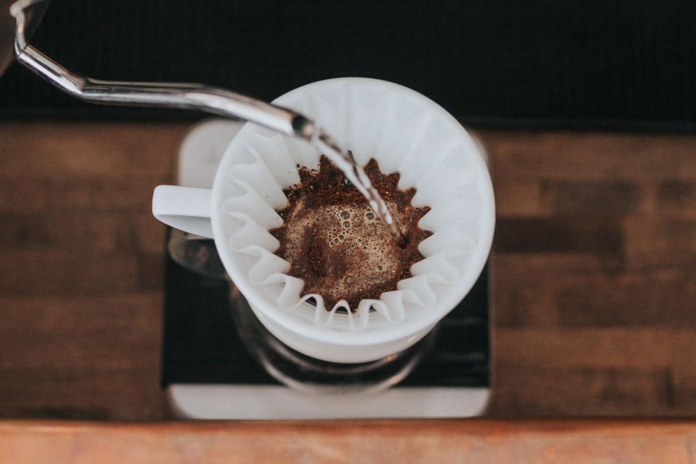 Parzenie kawy w Dripperze